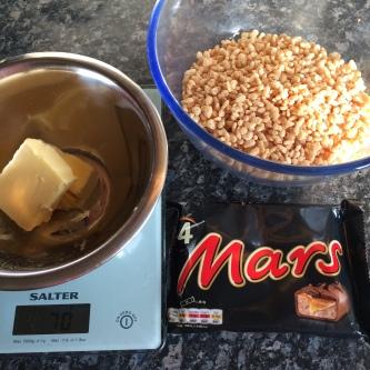 Mars_Bar_Rice_Krispie_Squares_dublin