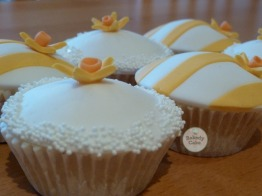 daffodilcupcakes2