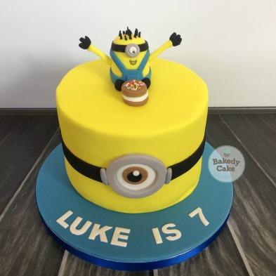 Minion_Cake_BakedyCake